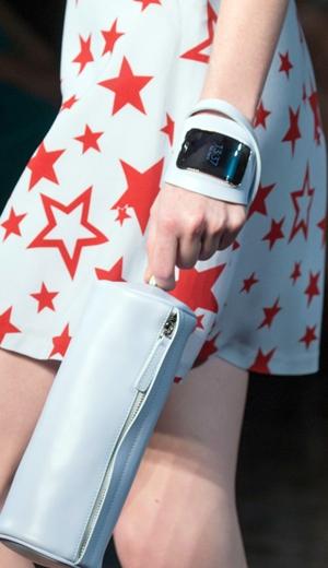 Samsung Gear S Di Pentas Minggu Fesyen New York