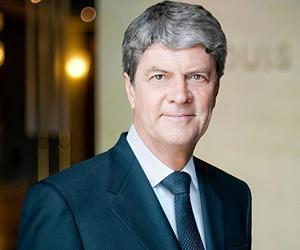 Bekas CEO Louis Vuitton, Yves Carcelle Meninggal Dunia