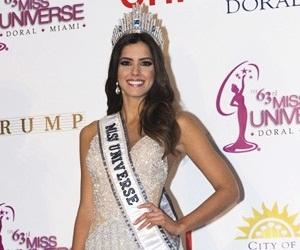 Vega Dinobat Miss Universe