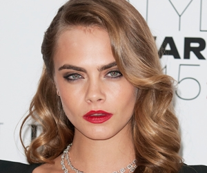 Filem Baru Cara Delevingne: The Face of an Angel