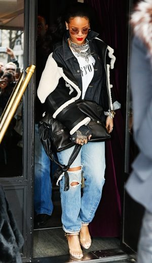 Selebriti Bergaya Dengan Girl Chanel Bag