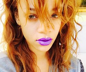 Gincu Rona Ungu Ilham Rihanna