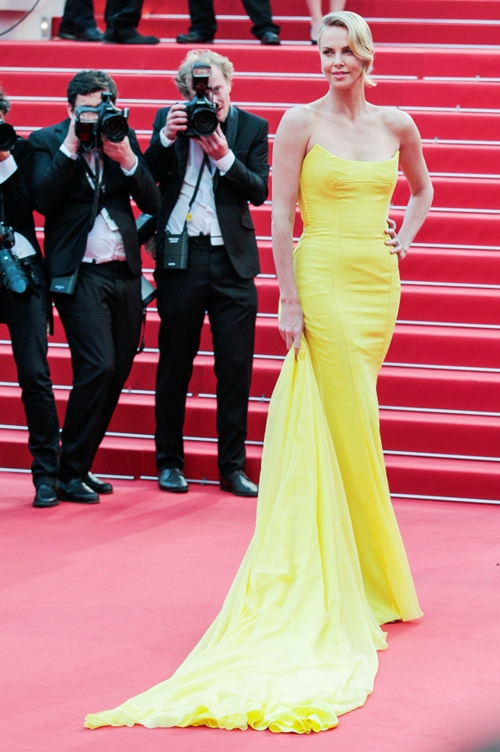 CHARLIZE THERON ACTRESS MAD MAX: FURY ROAD, PREMIERE 68TH CANNES FILM FESTIVAL CANNES, , FRANCE 14 May 2015 DIT77955  Photo via Newscom