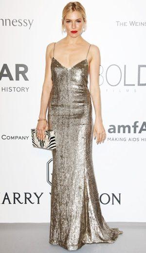 Selebriti Memukau di amfAR Gala Cannes