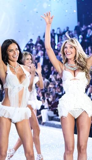Pentas Victoria's Secret Kembali Ke New York