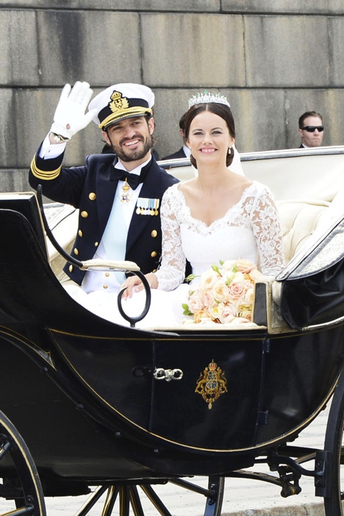 Wedding of Sofia_Hellqvist and Prince_Carl_Philip
