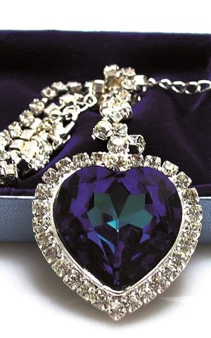 Titanic-Heart-of-Ocean-Necklace