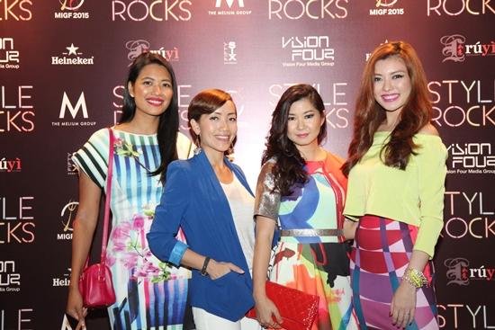 Zaida Ibrahim, Serena Choong, Stephanie Tay, Carrie Ng