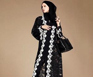 Dolce & Gabbana Tampil Koleksi Hijab Dan Abaya