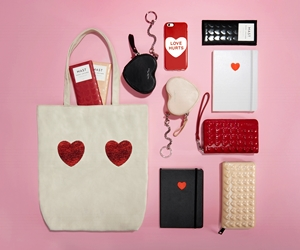Koleksi Kapsul Hari Valentine dan Tahun Baru Cina Marc Jacobs
