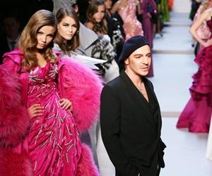 Retorik: Pereka Fesyen Perlu Berilmu – oleh Faizal Hamid
