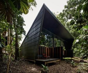 Rumah Tribulasi oleh M3architecture