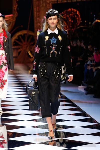 dolce-and-gabbana-fall-winter-2016-17-women-fashion-show-16-1600×2400