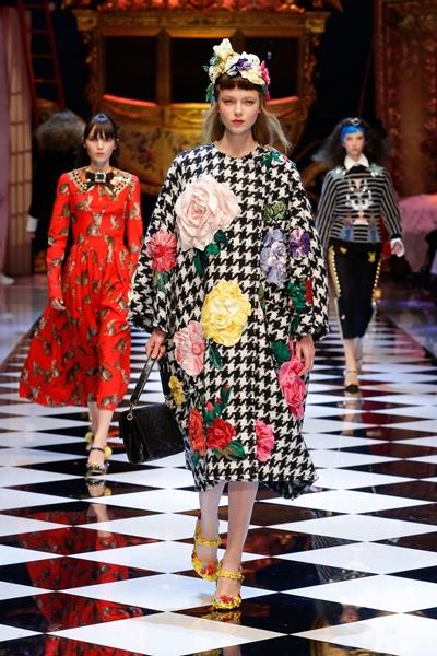 dolce-and-gabbana-fall-winter-2016-17-women-fashion-show-23-1600×2400