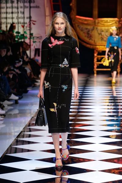 dolce-and-gabbana-fall-winter-2016-17-women-fashion-show-27-1600×2400