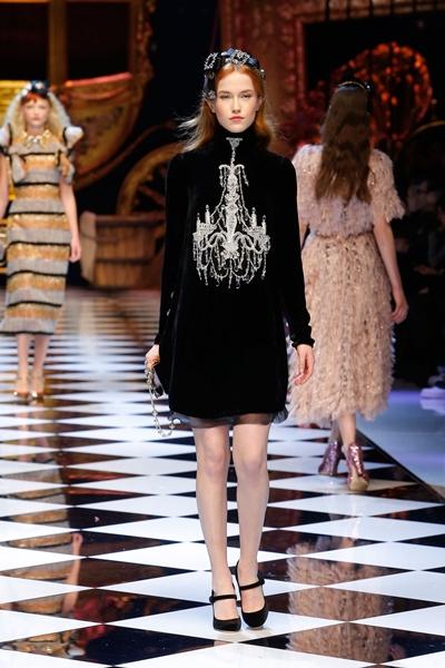 dolce-and-gabbana-fall-winter-2016-17-women-fashion-show-34-1600×2400