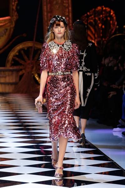 dolce-and-gabbana-fall-winter-2016-17-women-fashion-show-40-1600×2400