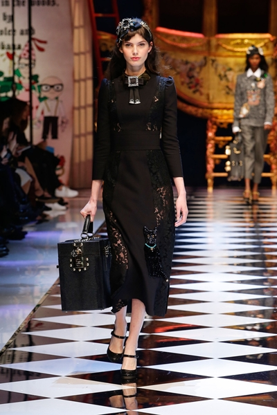 dolce-and-gabbana-fall-winter-2016-17-women-fashion-show-42-1600×2400