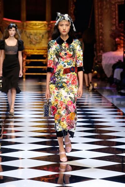 dolce-and-gabbana-fall-winter-2016-17-women-fashion-show-runway-89-1600×2400