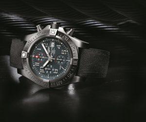 'Layari angkasa' bersama Breitling