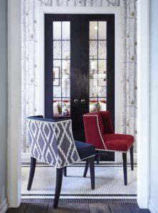 Island & Republik mengilhamkan sepsang kerusi dari rekaan kasut Rockstud jenama Valentino.