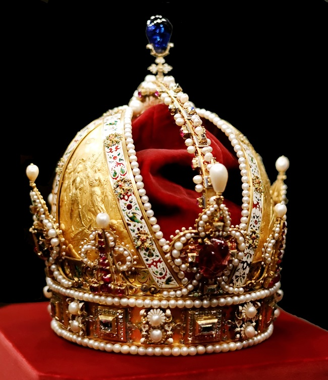 Austria Crown