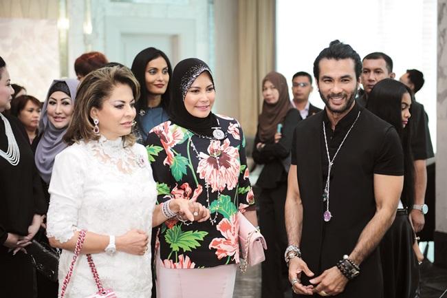 HRH Sultanah Hajjah Kalsom Abdullah of Pahang, Sultanah Nur
