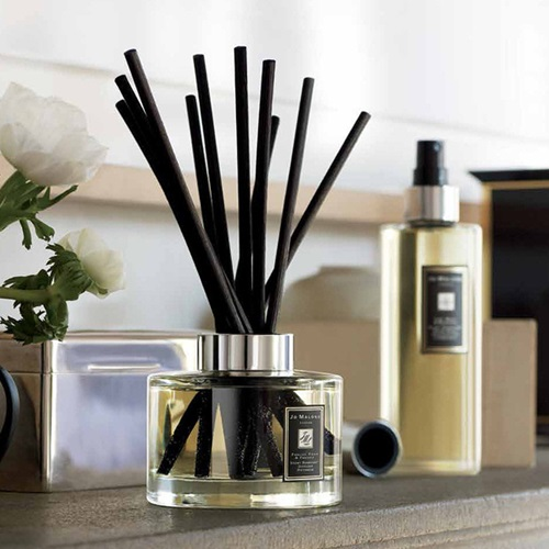 Jo-Malone-English-Pear-Freesia-Diffuser-Review
