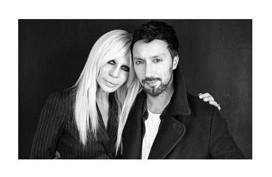 Anrhony bersama Donatella