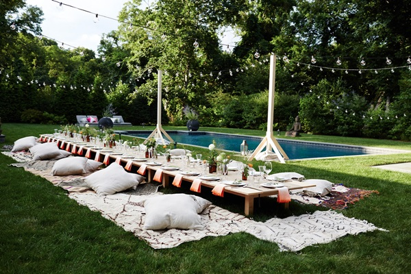 cointreau_la_maison_bar_amagansett_summer_dinner_party_cocktails_entertaining_inspiration_chef_jeff_schwarz_tablescape_outdoor_setting_flowers_herbs_