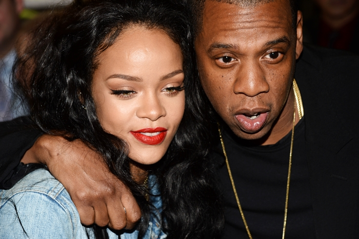 NEW YORK, NY - JANUARY 09: Rihanna and Jay Z attend 2015 Throne Boxing Fight Night at The Theater at Madison Square Garden on January 9, 2015 in New York City. © Harry Pluviose / Retna Ltd. /MediaPunch Credit: MediaPunch/face to face - Germany, Austria, Switzerland, Eastern Europe, Australia, UK, USA, Taiwan, Singapore, China, Malaysia, Thailand, Sweden, Estonia, Latvia and Lithuania rights only -