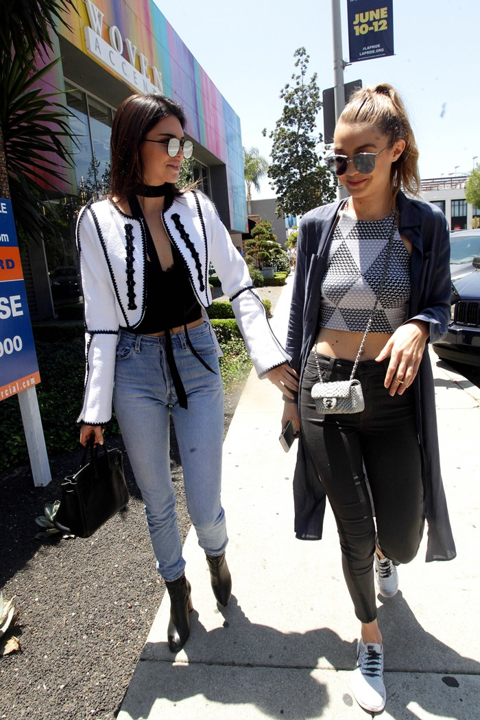 June 2, 2016 - La, CA, United States - Models Kendall Jenner (L) and Gigi Hadid go out on June 2 2016 in LA (Credit Image: © Solar/Ace Pictures via ZUMA Press)