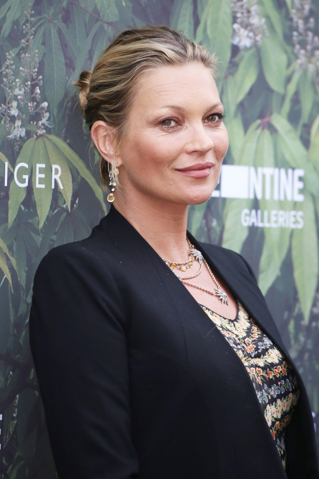 Serpentine Gallery Summer Party at Kensington Gardens - Arrivals Featuring: Kate Moss Where: London, United Kingdom When: 06 Jul 2016 Credit: Lia Toby/WENN.com