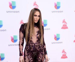 Jennifer Lopez Memukau di Latin Grammy Awards