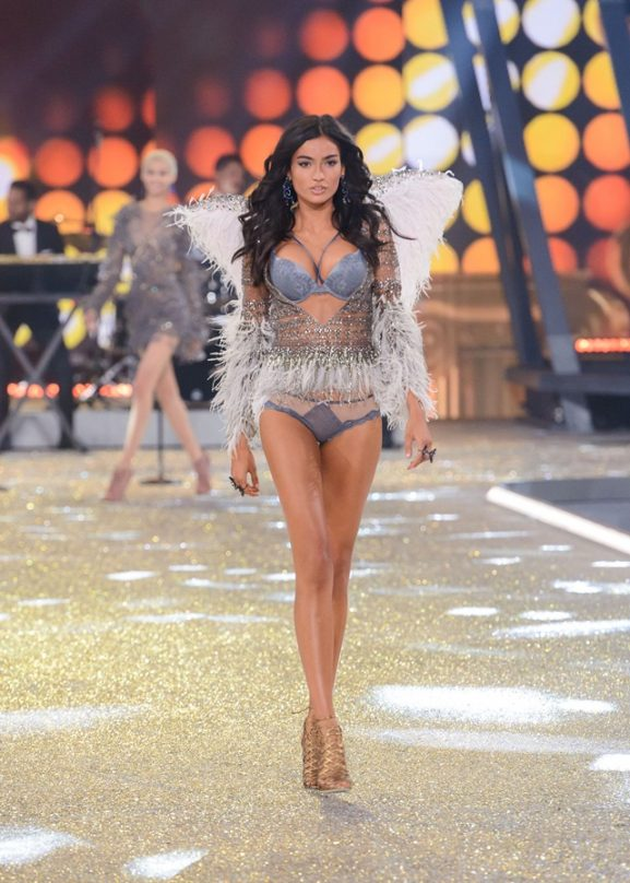 2016 Victoria's Secret Fashion Show