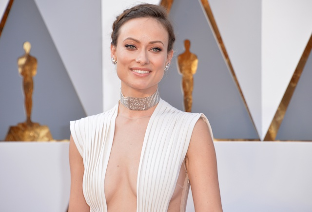 Olivia Wilde arrives at the 88th Academy Awards