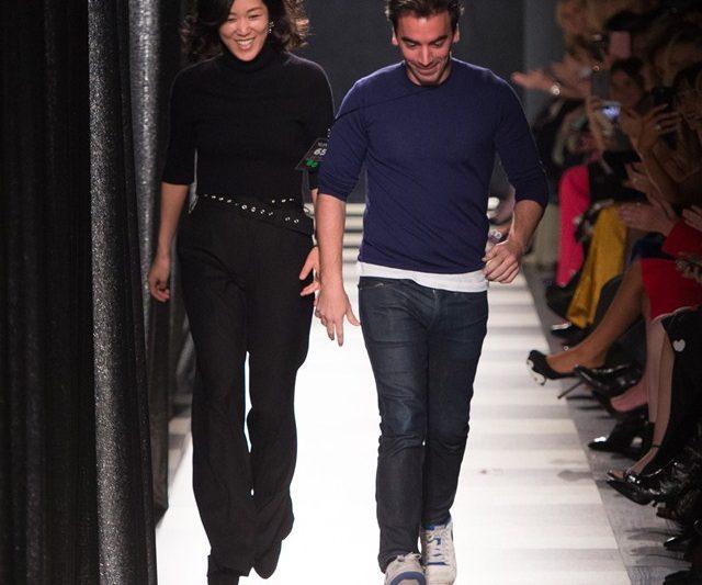 Pertunjukan Fesyen 2 Dalam 1 Antara Monse & Oscar de la Renta