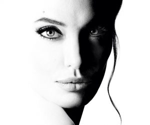 Guerlain Menampilkan Angelina Jolie Dalam Kempen Wangian Mereka