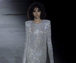 Yves Saint Laurent Bermain Dengan Leather Untuk Paris Fashion Week