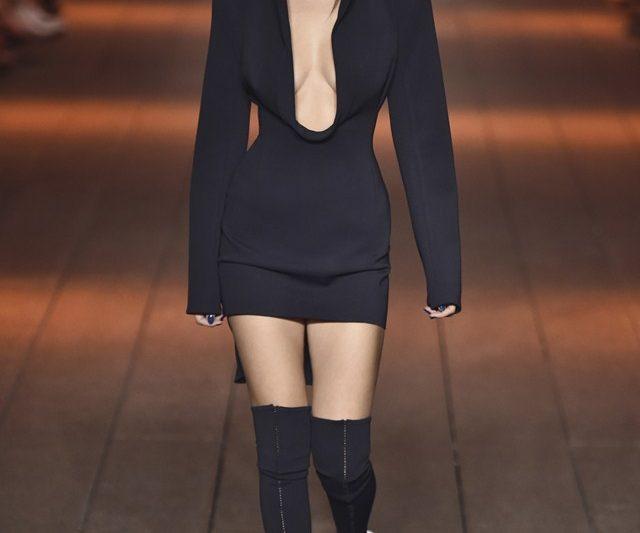 Koleksi Futuristik Spring '17 DKNY Untuk Golongan Milenial
