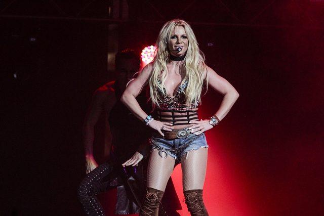 "Britney Spears Kongsikan Rupa ""Baharunya""!"