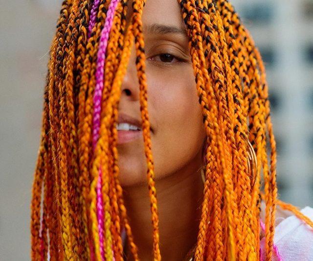 Mahkota Neon Alicia Keys!