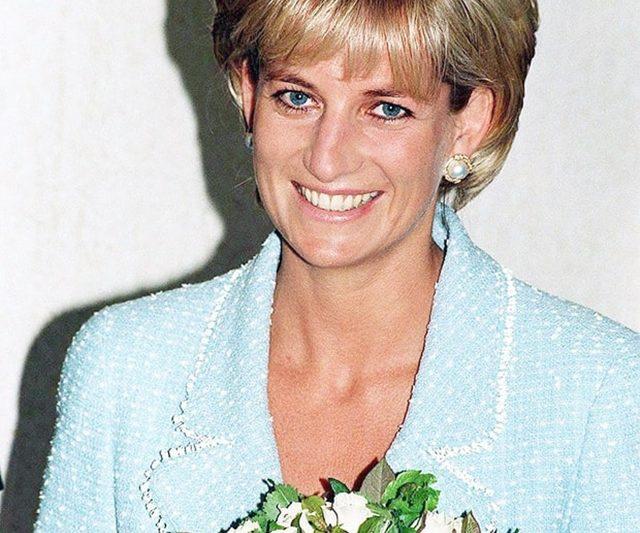 Tiru Dandanan Ikonik Puteri Diana!