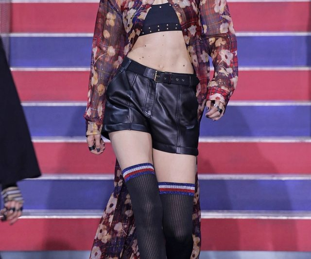 Tommy Hilfiger Menutup London Fashion Week S/S 2018