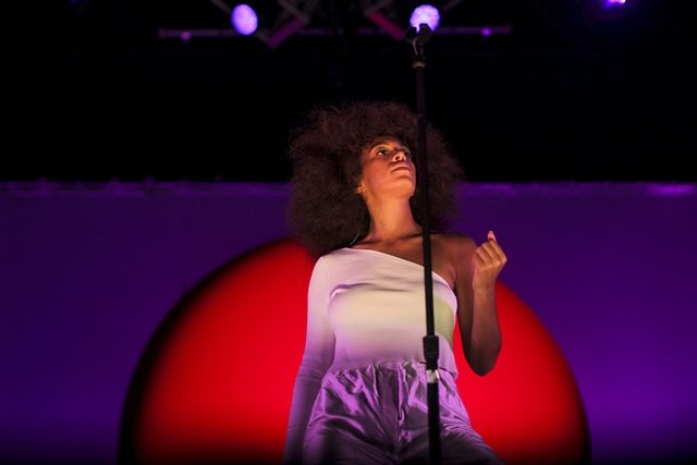 Kami Jatuh Cinta Dengan Solange Knowles New Hairdo