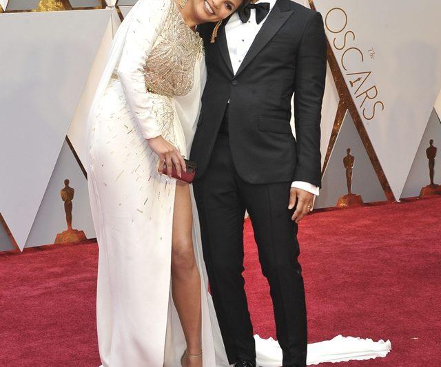 Chrissy Teigen Dan John Legend Mencuba Bayi #2 Menerusi Proses IVF
