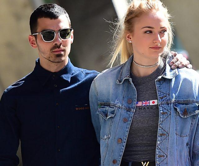 Bintang Louis Vuitton Sophie Turner Bertunang Dengan Joe Jonas