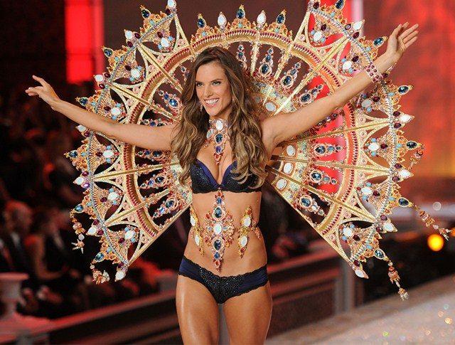 Victoria's Secret Angel Alessandra Ambrosio Mengucapkan Selamat Tinggal
