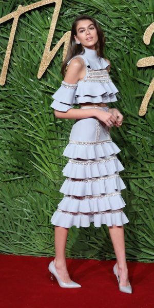 Fesyen Outstanding Pilihan Selebriti Sewaktu Fashion Awards 2017