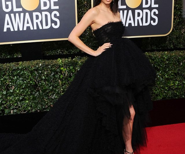 """Black Out"" Atas Karpet Merah Golden Globes Ke-75"